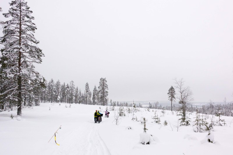 Pushing the bike at Rovaniemi 150