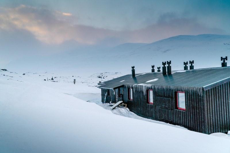 Allesjaure cabin along Kungsleden